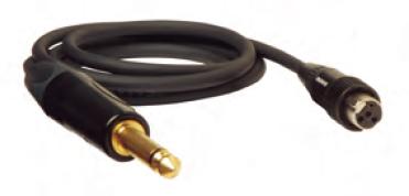ノイトリック社製のコネクターを採用した専用ケーブル